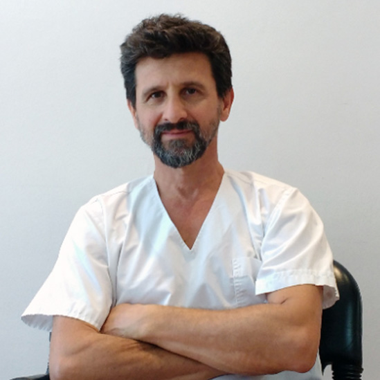 DR. RICARDO PAPASTAVROS